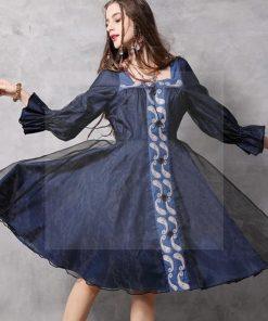 Unterm kleid nix unterm Kleid